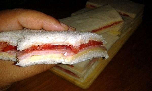Cómo hacer Sandwiches de Miga Argentinos