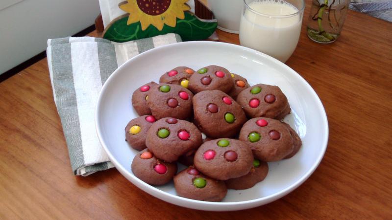 Galletas de Nutella con Lacasitos {M&M's chocolate cookies}