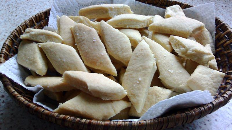 Bizcochitos salados fáciles con 3 ingredientes