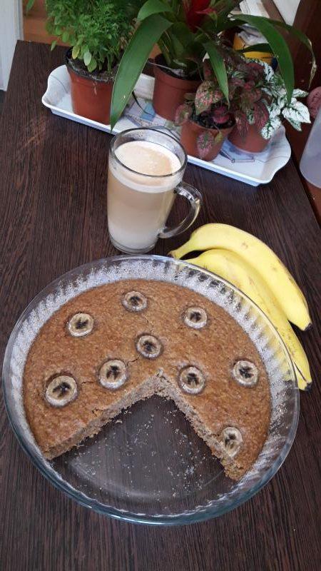 Torta de banana y avena